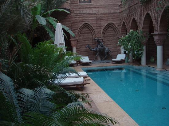 La Sultana Marrakech: the outdoor pool