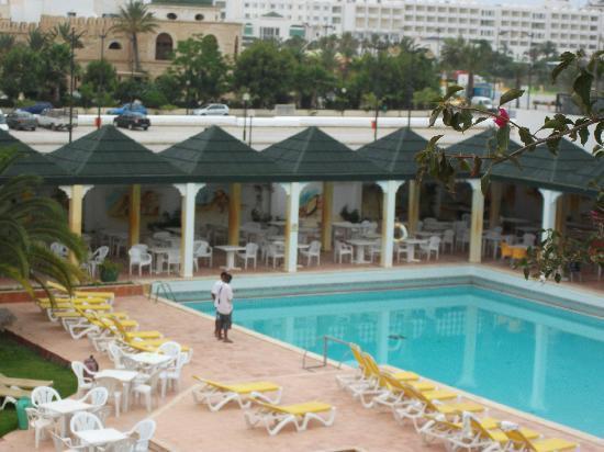 Dar Zakarya: vue sur la piscine