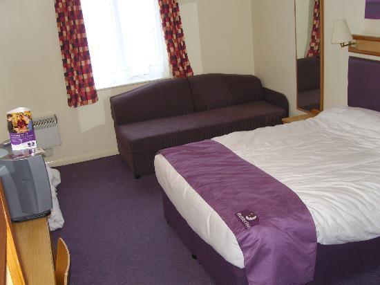 Premier Inn Hull West Hotel: Our room 19