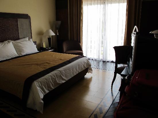 La Residence Hue Hotel & Spa - MGallery by Sofitel: River view room