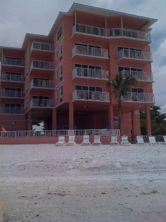 Edison Beach House: Edison Beach Hotel 7-4-10
