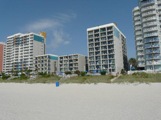 Palmetto Shores Oceanfront: view hotel from the beach