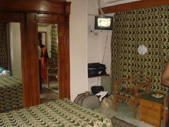 Regency Hotel: Master Room
