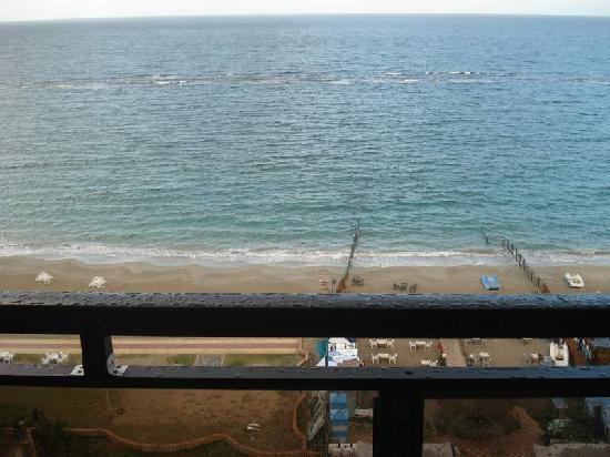 Regency Hotel: View Outside