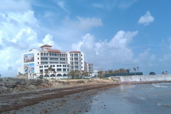 Diamond Beach: THIS IS A VIEW FROM BEACH LOOKING BACK AT RESORT