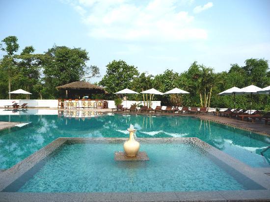 La Residence Hue Hotel & Spa : Piscine