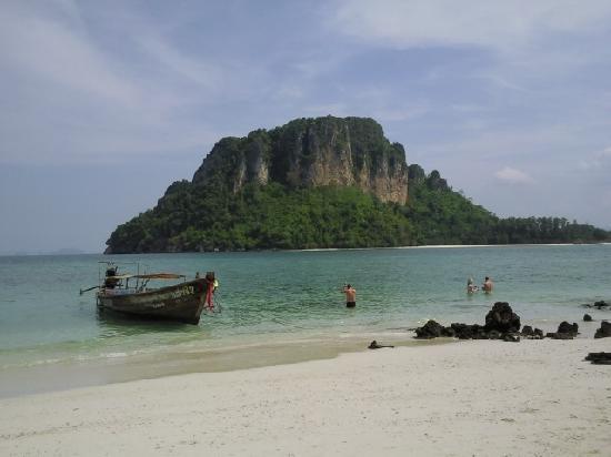 Aonang Phu Petra Resort, Krabi: One of the 4 Island trip photo