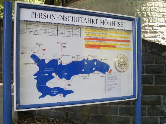 Maifeld Sport- und Tagungshotel: Aufblick Möhnesee