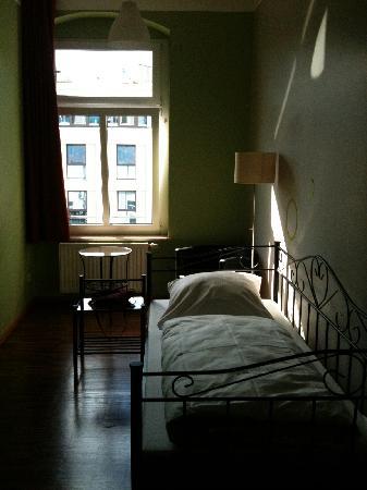 The Circus Hostel: single room