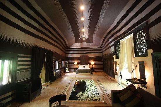 Le Palais Rhoul & Spa: Tent interior