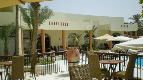 Green Palm: le bar extérieur
