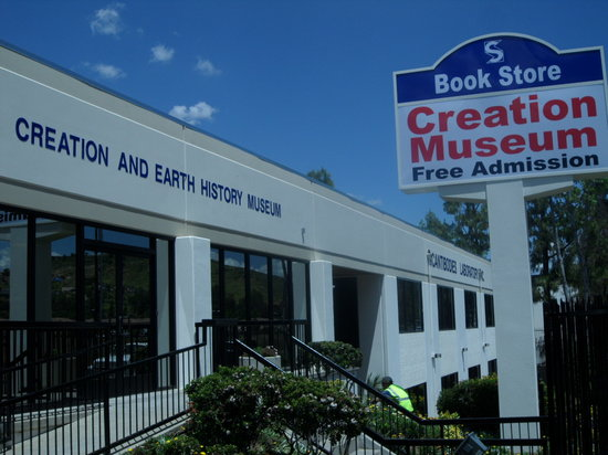 ‪Creation and Earth History Museum‬