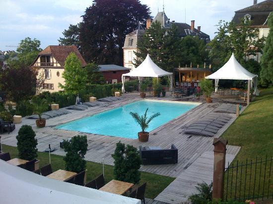 Les Hortensias: la piscine