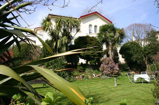 Trafalgar House