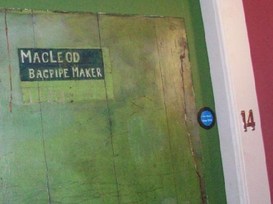 Dundee Backpackers Hostel: this hostel has character!