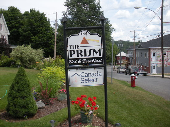 Prism Bed and Breakfast: sign