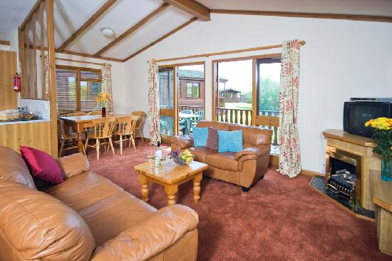 Gurnard Pines: Pine Lodge accommodation