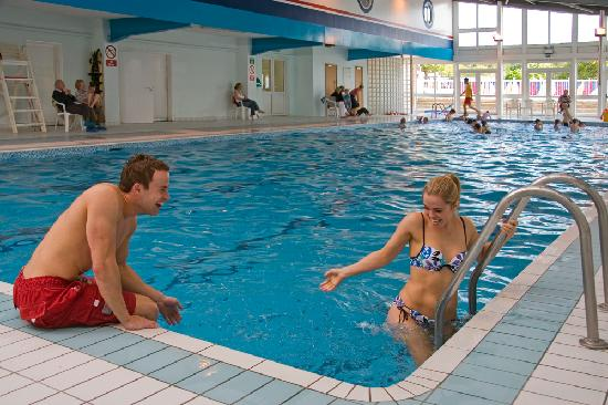 Cowes, UK: Heated indoor 25m swimming pool
