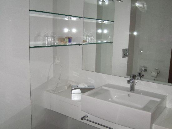 Hotel Croatia Cavtat : la salle de bain