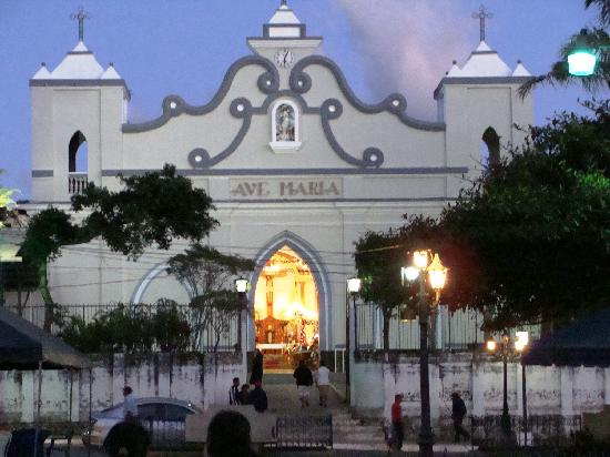 Concepcion de Ataco, Сальвадор: Ataco's main catholic temple