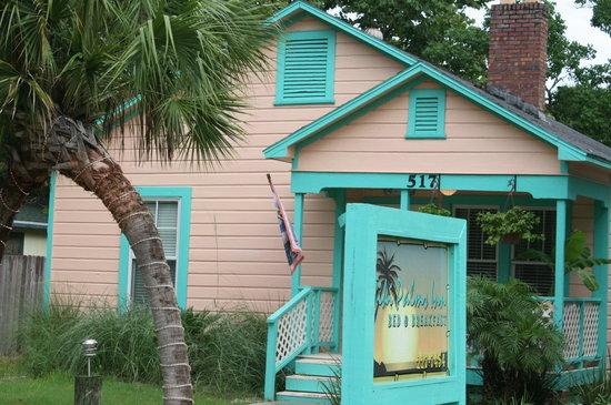 Tiki Palms Inn