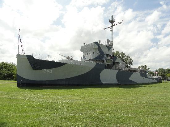 โอมาฮา, เนบราสก้า: USS Hazard AM 240