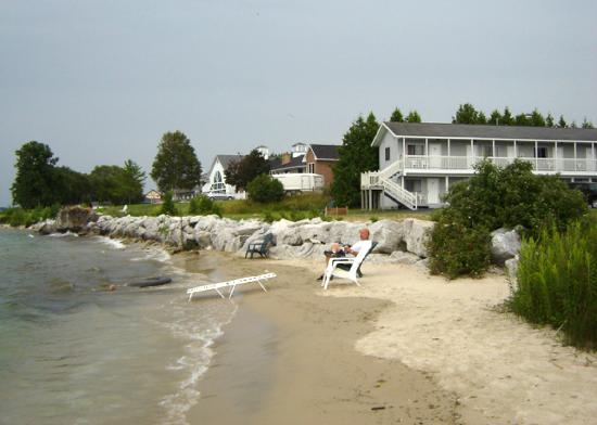 Bay View Motel: Your Own Private Beach