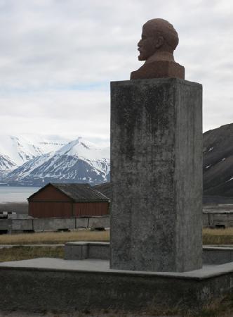 Pyramiden: Die nördlichste Lenin-Büste der Welt