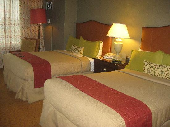 Lansdowne Resort and Spa: room