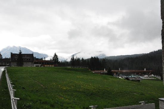 Das Kranzbach: Neue Hotelteile in den Hang gebaut