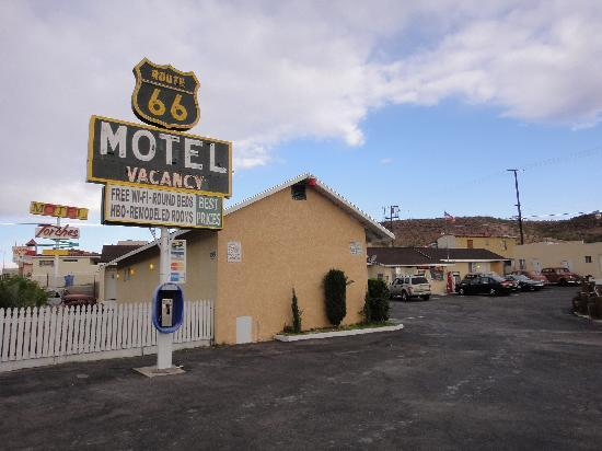 the Route 66 motel in Barstow