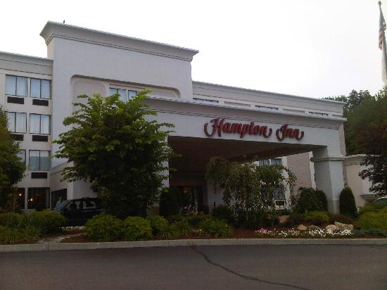 Hampton Inn Danbury : Hotel main entrance