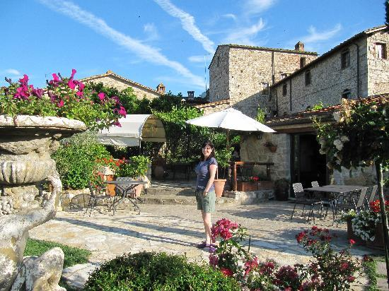 Hotel Residence SanSano: Courtyard