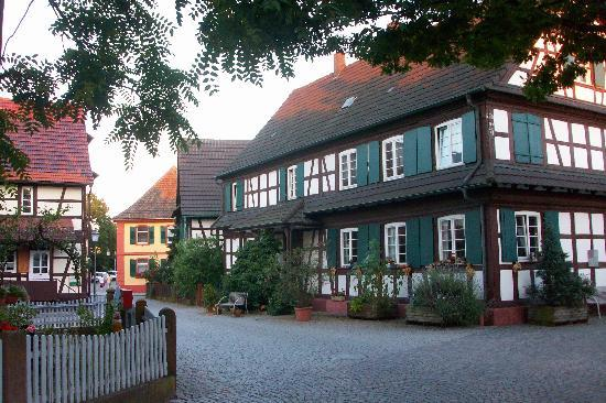 Hotel Ochsen: Kork, a pretty place to stay