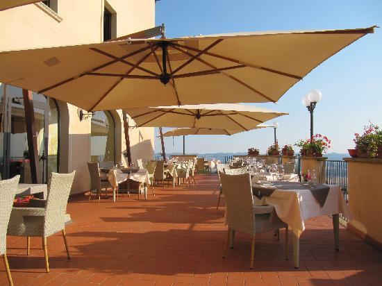 Park Hotel le Fonti: Terrace