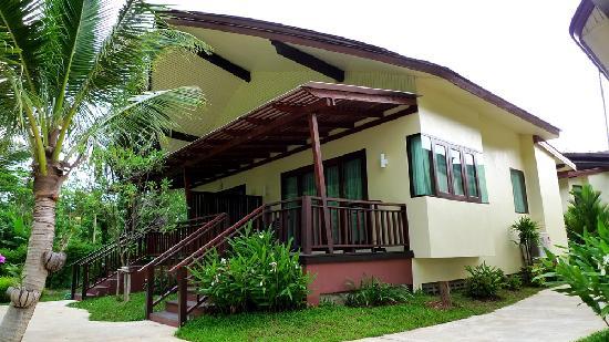 Aonang Phu Petra Resort, Krabi: The Hillside Villa we stayed for 3 nights