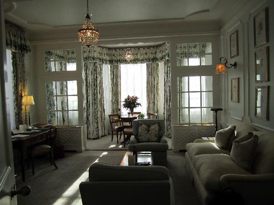 Belmond Mount Nelson Hotel: Living room of our suite