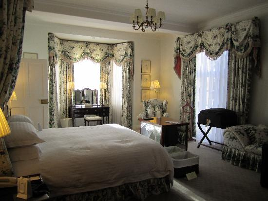 Belmond Mount Nelson Hotel: Bedroom of suite