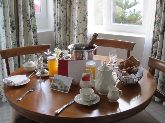 Belmond Mount Nelson Hotel: champagne breakfast