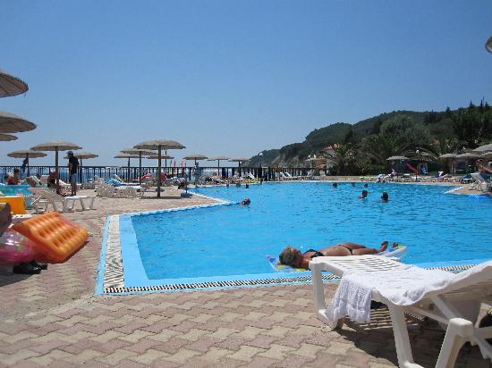 Corfu Sea Gardens: The pool