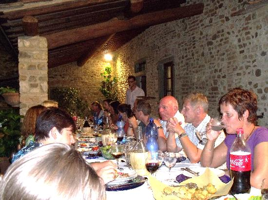 Montespertoli, Italia: Wednesday Night Dinner - Le Torri