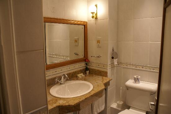 سيلفر سبرنجز هوتل: La salle de bain