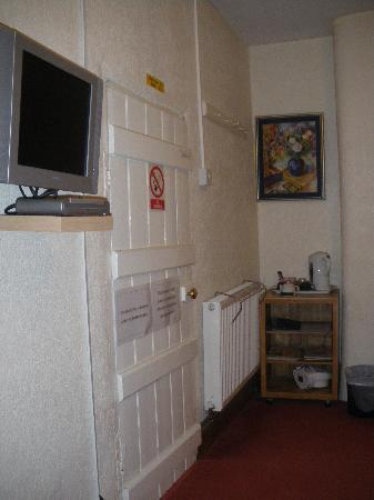 Homefarm A45: Twin Room