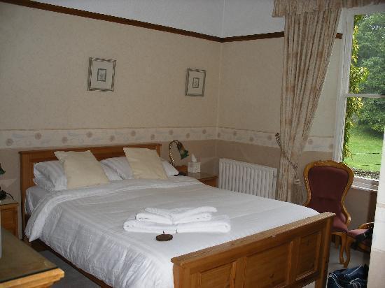Oak Bank Hotel: room 5