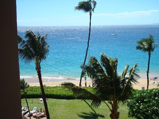 Royal Lahaina Resort: View from Royal Lanaina tower room