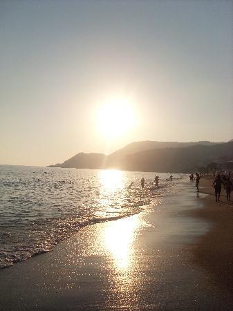 Kleopatra Tuna Apart Hotel: Kleopatra beach sunset