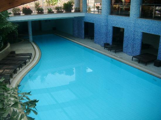 Atlantica Gardens Hotel: indoor spa pool