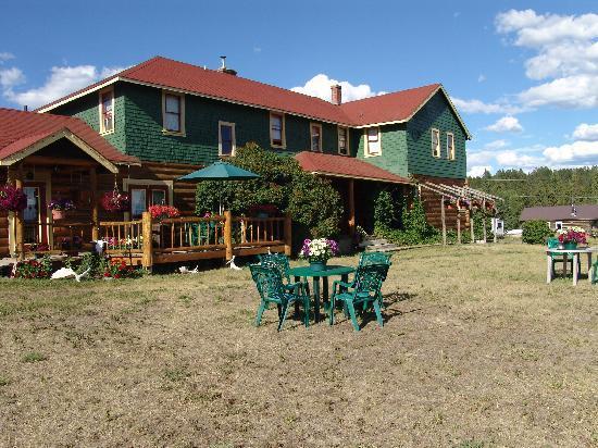 Chilcotin Lodge: Lodgeansicht
