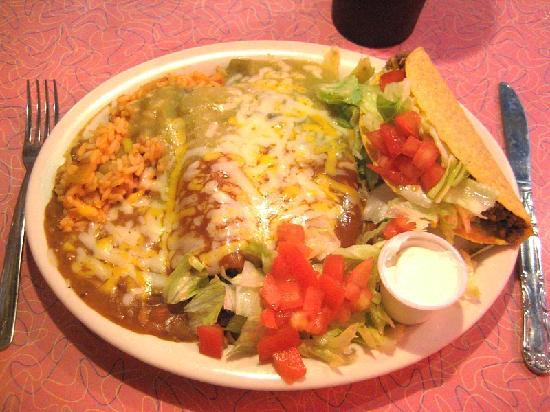 Santa Rosa, NM: The Mexican food is the best