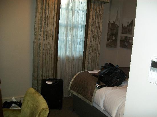 Mercure Salisbury White Hart Hotel: Very tiny.